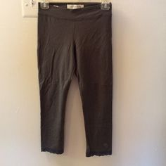 A&F leggings Abercrombie and Fitch leggings with lace bottom Abercrombie & Fitch Pants Leggings