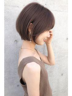 Asian Short Hair, Girl Short Hair, Short Hair Cuts, Bob Hair Color, Haircut And Color, Above Shoulder Hair, Japan Hairstyle, Shot Hair Styles, Hairstyles Haircuts