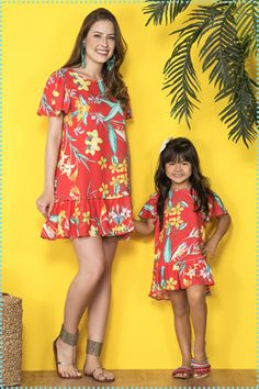 Madaminha   Coleção Floriando - Primavera/Verão 2017 Mom And Baby Outfits, Mother Daughter Matching Outfits, Mother Daughter Fashion, Mom Daughter, Matching Family Outfits, Color Combinations For Clothes, Baby Suit, Skirt Patterns Sewing, Mother And Baby