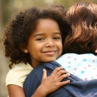 Uniquely Me – 6 Ways To Help Our Children Know (And Love) Themselves | Janet Lansbury