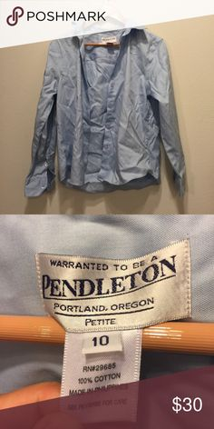 Women's Pendleton Dress Shirt This shirt is in perfect condition! Smoke and pet free home! No damage! Pendleton Tops Button Down Shirts