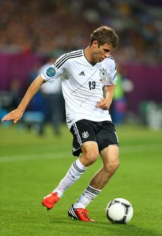 Thomas Muller  Going to be one of the best attacking players for awhile!