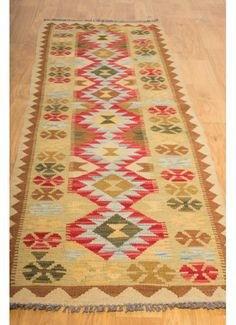 Kilim- Kilim: 210 x This is an extremely beautiful Timeless Design, Hand Weaving, Bedroom, Rugs, Beautiful, Home Decor, Farmhouse Rugs, Hand Knitting, Decoration Home
