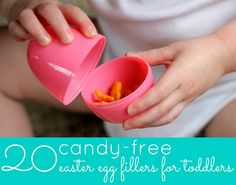 100+ Healthy Easter Basket Ideas #easter #egg #ideas