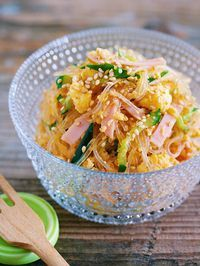 10分で味しみ抜群♪抱えて食べたい♪『春雨のごちそうサラダ』 by Yuu*   レシピサイト「Nadia   ナディア」プロの料理を無料で検索