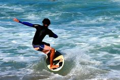 Turners, Pippi Beach, and the Angourie Point are the more popular surf spots in Yamba, NSW. Surfing Destinations, Watch Image, Beach Vibes, Windsurfing, Kayaking, Adventure Travel, Life Is Good, Skiing, Image Search