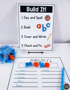 Teach beginning readers and language learners to work with multisensory materials like playdough, letter stamps, and magnet letters appropriately and independently with these visual direction signs for multisensory sight word centers! Teaching Sight Words, Sight Word Practice, Teaching Phonics, Sight Word Centers, Word Work Centers, Teaching First Grade, First Grade Classroom, Guided Reading Table, Reading Centers