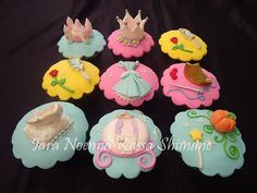 #Disney, Cinderella #cupcakes #topper