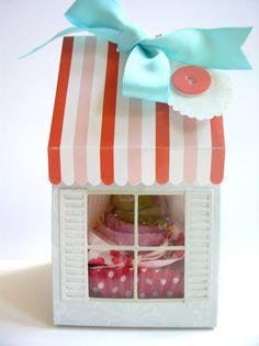 Adorable cupcake set baby gift!