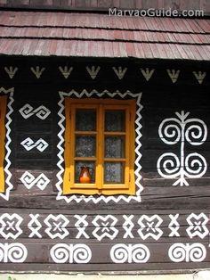 Čičmany, Slovakia Heart Of Europe, Mesto, Arts And Crafts, Cabana, Holiday Decor, Frame, Ornament, Quilt, Gardens