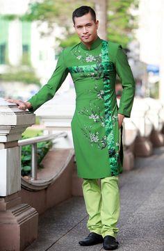 Trương Thế Vinh khỏe khoắn cùng áo dài, truong the vinh, ntk tien loi, ao dai nam, thoi trang xuan 2012, mau xanh, mau ruou chat