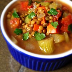 Slow Cooker Lentil Soup with Bacon via @thelemonbowl