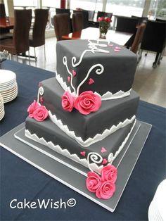 Op 13 juli 2012 trouwden Ewout en Alie. Hun trouwkaart was de inspiratie bron voor dit ontwerp. donker grijs en rozen in Fuchsia roze. Echt een schitterende combinatie!