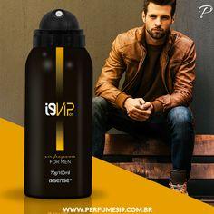 A fragrância masculina inspirada no Ferrari Black, é perfeita para homens modernos e urbanos. Suas notas cítricas e amadeiradas fazem dele um perfume ideal para o dia-a-dia.