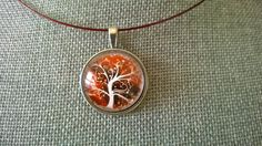 This unique and wonderful pendant necklace promises a lot of compliments. If you want to feel really unique in any occasion, this is your jewelry! It's a glass cabochon pendant, with a beautiful tre Amber Jewelry, Jewelry Sets, Gifts For Colleagues, Grandmother Gifts, Tree Of Life Necklace, Christmas Gifts For Women, Last Minute Gifts, Sister Gifts, Artisanal