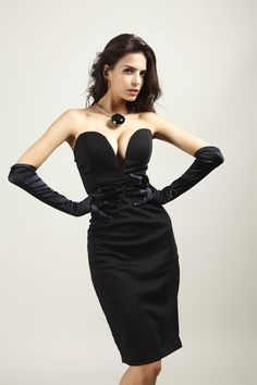 57f9d00fe92b Deep V Strapless Black Dress Solid Slim Sexy Backless Dresses Women Sheath  Party Dresses Summer Womens Clothing