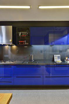 Modern Kitchen in blue.