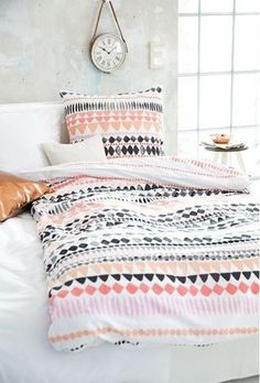 Bed sheet style: