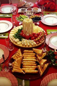 Untitled Turkish Snacks, Turkish Recipes, Breakfast Presentation, Food Presentation, Fingers Food, Party Food Buffet, Turkish Breakfast, Food Garnishes, Food Decoration