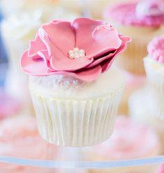 Beautiful cupcake!
