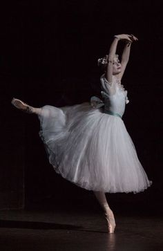 """Her hands are kind if weird looking but other than that a pretty pic! Evgenia Obraztsova in """"La Sylphide."""" Photo by Anne Deniau. La Bayadere, Ballet Pictures, Pretty Ballerinas, Russian Ballet, Ballet Photography, Ballet Beautiful, Ballet Costumes, Dance Photos, Dance Art"""