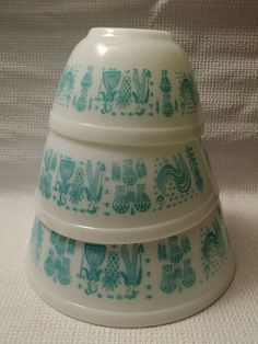 1950s PYREX 3 AMISH BUTTERPRINT Mixing Nesting Stacking Bowls Vintage