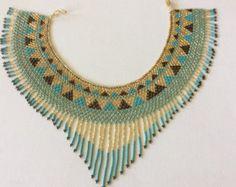 Stunning hand beaded fringed collar style por Beadsandbaublesdall