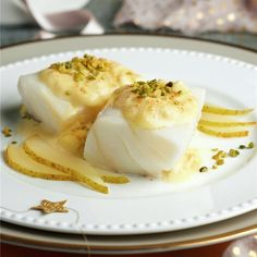 Surprise yourself with the delicate flavor of this cod with grilled pear mayonnaise. Fish Recipes, Seafood Recipes, Healthy Recipes, Tapas Bar, Fish Dishes, Fish And Seafood, Mayonnaise, Food To Make, Food Porn