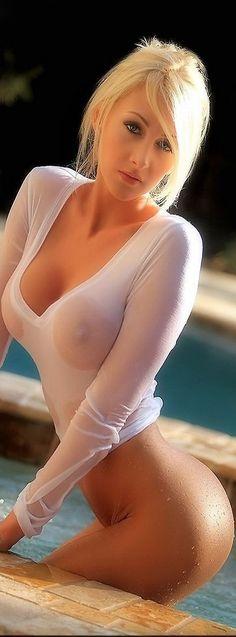 Wet tops/wet t-shirts