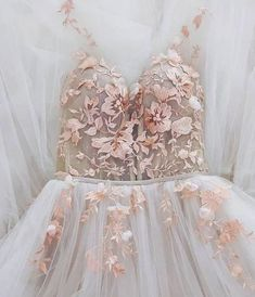 long prom dress,tulle evening dress,princess prom gowns,boho prom dress for teens from cutedressy langes abendkleid aus tüll, . Elegant Dresses, Pretty Dresses, Beautiful Dresses, Formal Dresses, Wedding Dresses, Sexy Dresses, Long Dresses, Casual Dresses, Simple Dresses