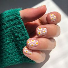 Gorgeous Floral Nail Designs You Must Fall In Love With; Floral Nails; Lovely Nails; Nails; Square Nails; Nail Design; Flower Nails; Rose Nails; Lily Nails; Sunflower Nails; Daisy Nails; Tulip Nails#nails#coffinnail#flowernails#squarenail#naildesign #floralnails #squarenails #lilynails #daisynails #sunflowernails #rosenails Lily Nails, Rose Nails, Tulip Nails, 3d Nails, Zebra Nails, Nails Inc, Coffin Nails, Nagellack Design, Nagellack Trends