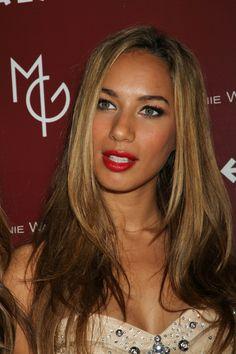 Leona Lewis long, wavy hairstyle
