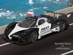 This is why we love Italy!! This is a Pagani police car. Unbelievable!! #car #police #race #italia #pagani