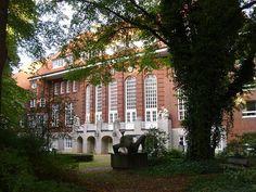 Martinistraße 52, Gebäude W 29 (Hamburg-Eppendorf).jpg