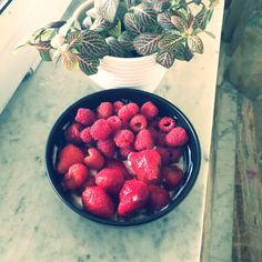 Лето позволяет питаться домашними витаминами🌿