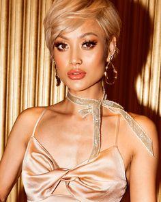 Fashion Look 2018 Australian Models, Australian Fashion, Pixie Styles, Short Hair Styles, Micah Gianelli, Boho Chic, Blonde Pixie, Big Girl Fashion, Blonde Beauty