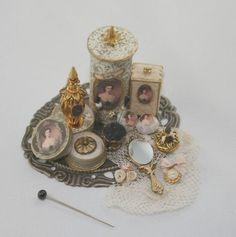 Damen Parfüm Fach Unikat Puppenhaus Maßstab 1/12