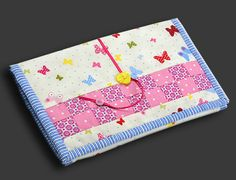 Quilted wallet for kids