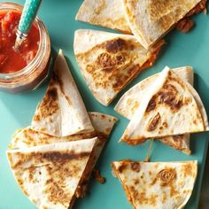 Cheesy Quesadillas Mexican Dishes, Mexican Food Recipes, Mexican Meals, Dinner Recipes, Mexican Cooking, Lunch Recipes, Chipotle Copycat Recipes, Kids Meals, Easy Meals