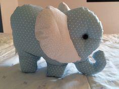 Elefantinho! Tamanho 20 x 12 cm