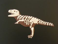 C.bonbon: Tyrannosaurus & Triceratops cookies