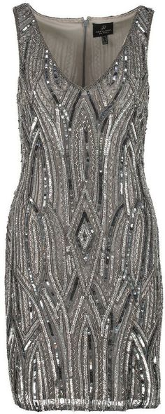 Pin for Later: Die schönsten Flapper-Kleider für jede Figur  Adrianna Papell Flapper Kleid (325 €)
