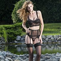 Else Shawlette longline corseted bra in contemporary, yet feminine, jacquard mesh and zigzag lace.