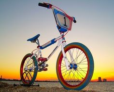 All Bicycle tips You Need Vintage Bmx Bikes, Retro Bikes, Fox Racing Logo, Cycle Stand, Bmx Cruiser, Best Bmx, Bmx Freestyle, Bmx Bicycle, Heart For Kids