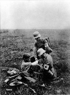 First aid on the front in Champagne, France, WW1