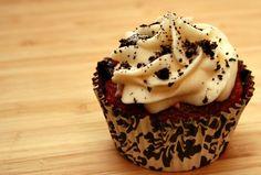 Red Velvet Cupcakes With Oreos