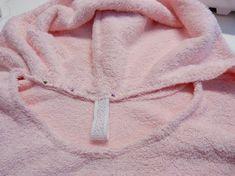 Kapuze annähen Fashion, Dress, Baby Sewing, Cowl, Fabrics, Bathing, Tutorials, Moda, Fashion Styles