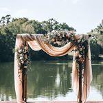 Beautiful naked wedding cake inspiration - wedding cake ideas, rustic wedding cake with pretty details