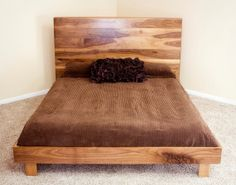 This Danish Modern King Bed is built using a sappy walnut with a natural satin finish to help show off the natural beauty of the wood. Diy Platform Bed, Modern Platform Bed, Custom Wood Furniture, Home Furniture, Furniture Refinishing, Furniture Design, Danish Bedroom, Reclaimed Wood Headboard, Built In Bed