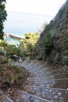 Monterosso, Cinque Terre, Liguria, Italy I Cool, Cinque Terre, Cool Walls, Tuscany, Places To Go, Paradise, Destinations, Coast, Sidewalk